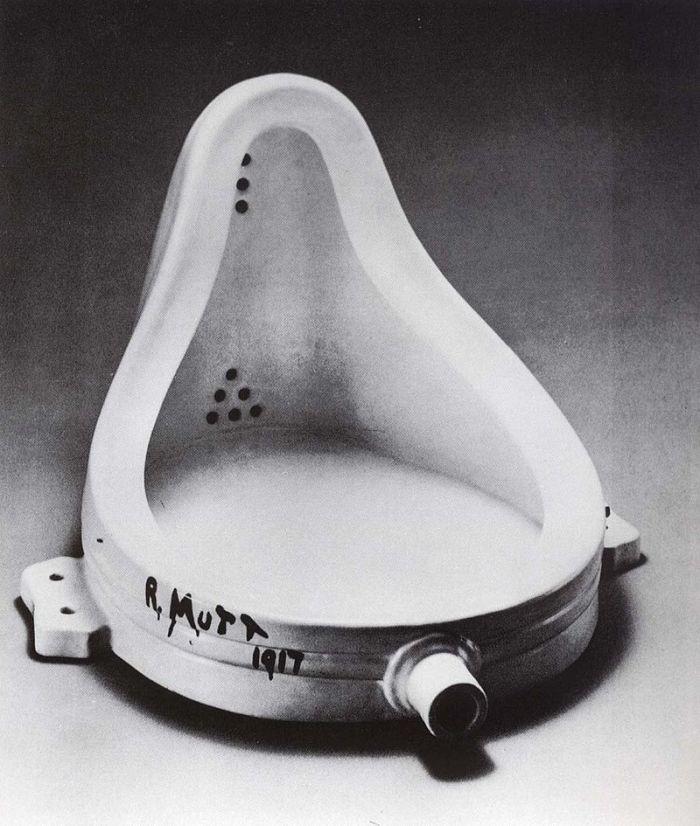 800px-Marcel_Duchamp