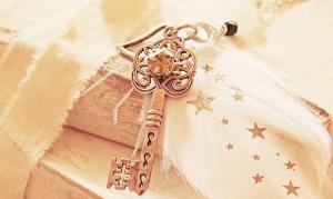 key-2471021_1920