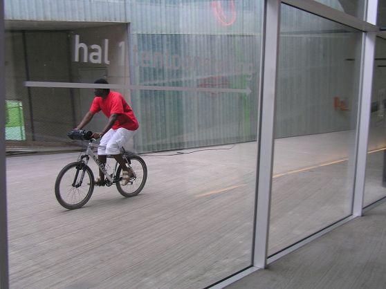 1024px-WLANL_-_jacco.org_-_Wiki_Loves_Art_-_Kunsthal_Rotterdam_(8)