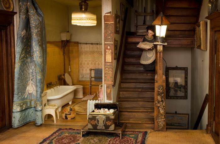 bovengang-in-het-grote-poppenhuis-van-lita-de-ranitz-1910.-collectie-haags-historisch-museum.-foto-rob-mostert-72-dpi.jpg