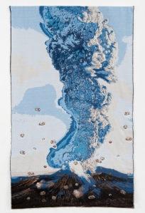 Marielle van den Bergh - vulkaan, weefsel en borduursels