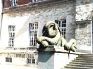 Standbeeld leeuw, Pauscollege Leuven | Foto @LiRiAn-Art